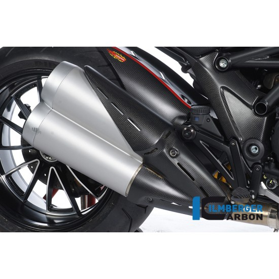 Ilmberger Carbon Exhaust Protector Ducati Diavel MPN - AHS.003.DIAVE.K